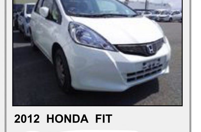 HONDA FIT 1,3 AUTOMATIC,MODEL2012