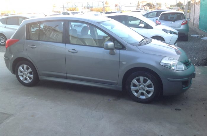 NISSAN TIDA 1.6 MANUAL MODEL 10/2010 €5500