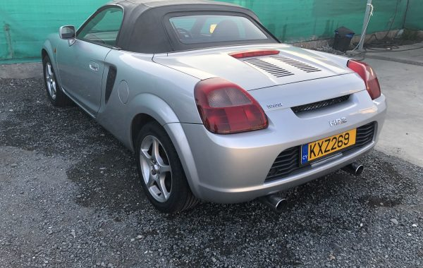 TOYOTA MR2 1,8 MANUAL MODEL 7/2002