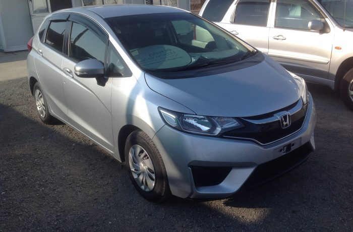 HONDA JAZZ 1,3 AUTOMATIC MODEL 2016