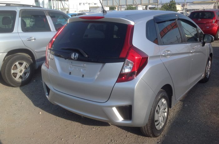 HONDA JAZZ 1,3 MODEL 2016 EXCELENT CONDITION LIKE NEW